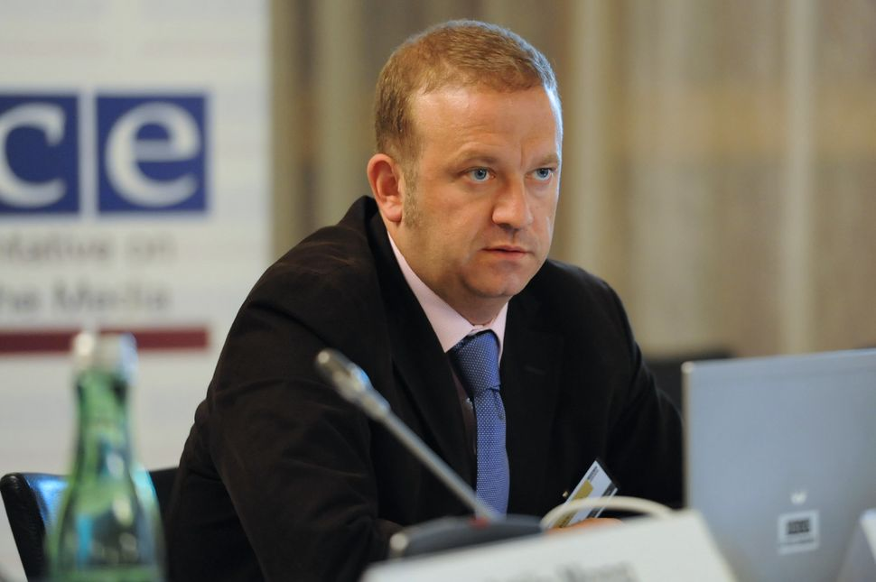El profesor Juan Luis Manfredi