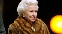 엘리자베스 2세 영국 여왕이 올해부터 모피를