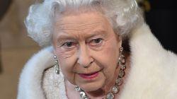 Même Elizabeth II fait une croix sur la fourrure