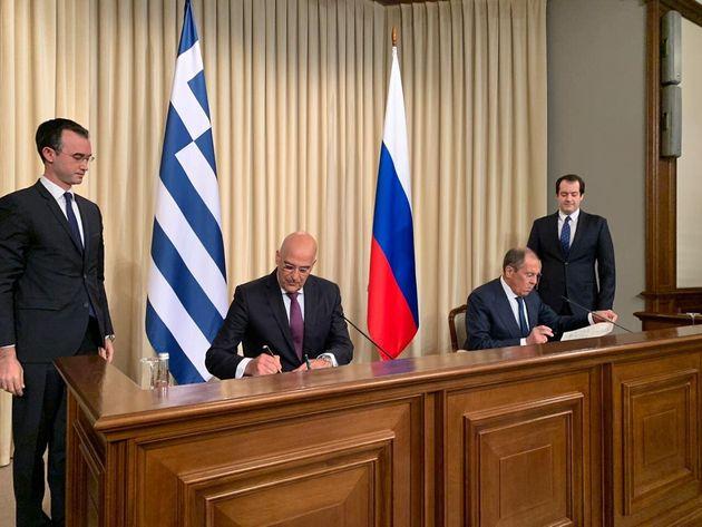 Υπογραφή Κοινού Προγράμματος Διαβουλεύσεων Ελλάδας- Ρωσίας στη Μόσχα: Τι