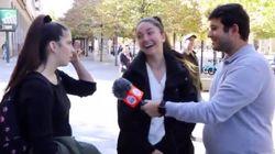 La compartida reacción de la joven de la izquierda cuando su amiga dice que va a votar a