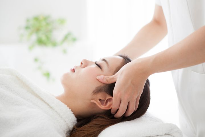 While scalp facials do work to remove buildup, reduce itchiness and increase circulation, dermatologists suggest these results could easily be provided at home if a person incorporates the right measures into their routine.