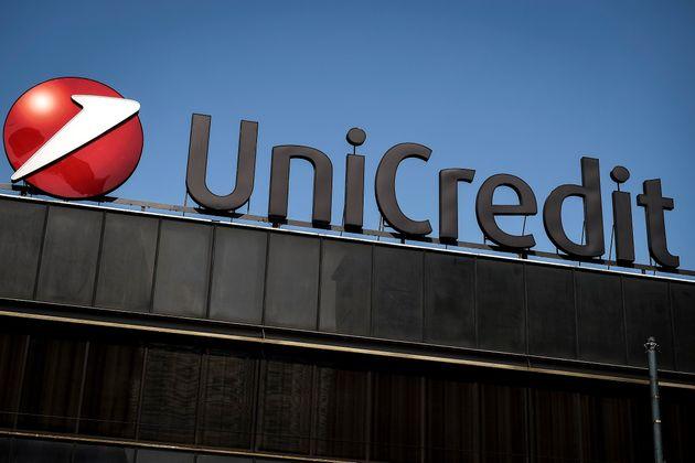 Unicredit vende la quota in Mediobanca. Mossa verso una