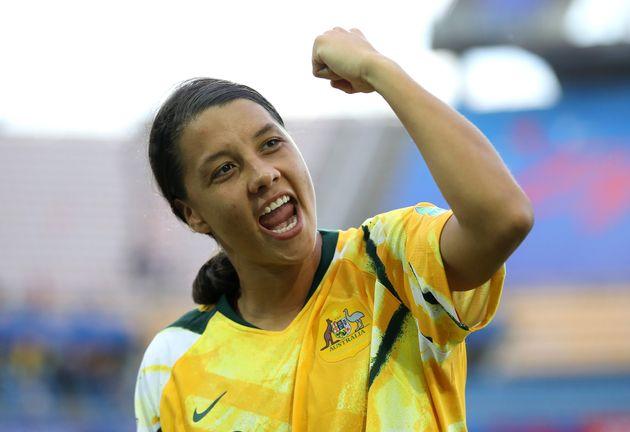 호주 여자축구팀이 마침내 남자팀과 동등한 임금을