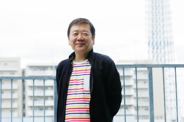鴻上尚史(こうかみ・しょうじ)さん。作家・演出家。早稲田大学在学中に劇団「第三舞台」を旗揚げ。94年「スナフキンの手紙」で岸田國士戯曲賞受賞。現在は「KOKAMI@network」と「虚構の劇団」を中心に脚本、演出を手がける