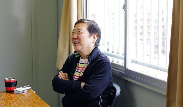 連載『鴻上尚史のほがらか人生相談~息苦しい「世間」を楽に生きる処方箋』は9月に朝日新聞出版より書籍化された
