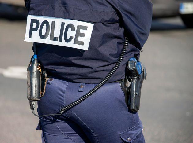 Le policier qui a procédé à ce contrôle près de la gare de Marseille...