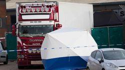 Detenido un hombre por conducir un camión con 15 personas en su interior en el sur de Reino