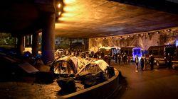 Plus de 1600 migrants évacués dans le nord de Paris, et maintenant
