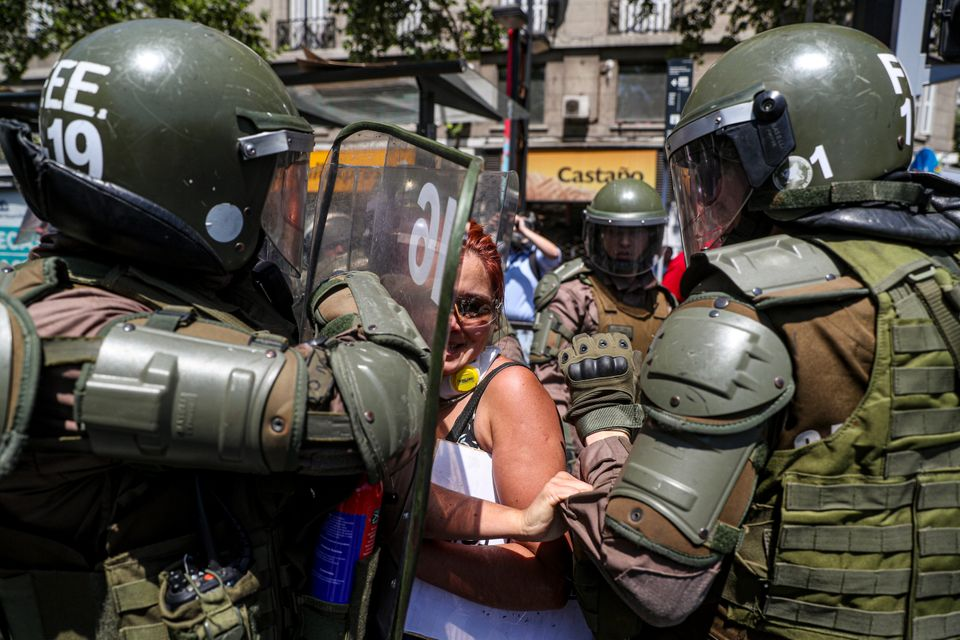 Χιλή: Στα πλούσια προάστια του Σαντιάγο επεκτάθηκαν οι