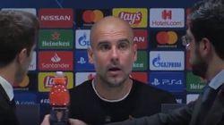 La gag di Guardiola in conferenza: sposta la bottiglietta e gliela ripiazzano davanti
