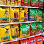Quién está detrás de la comida para perros de marca blanca de Mercadona, Carrefour o