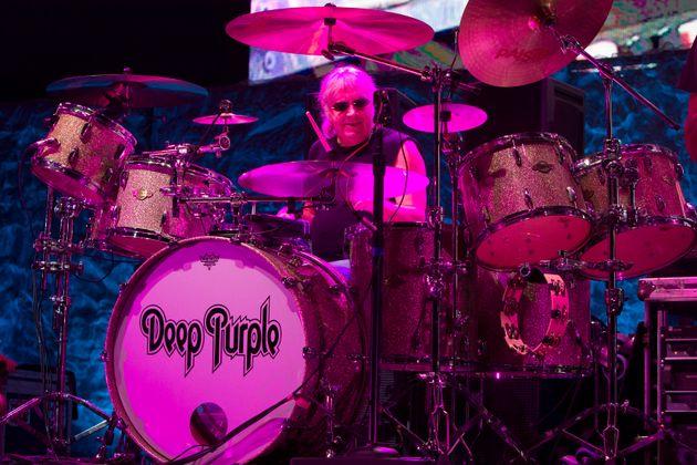 Ο ντράμερ των Deep Purple, Ιαν
