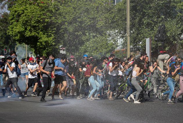 Χιλή: Αυστηρότερα μέτρα εναντίον των «ταραχοποιών» ανακοίνωσε ο