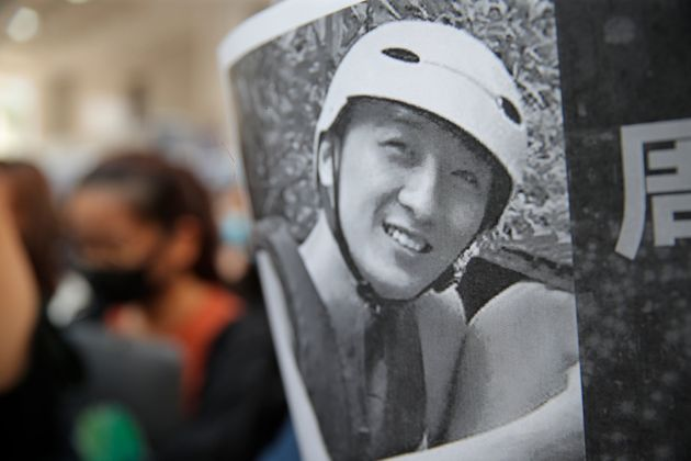Morto lo studente ferito a Hong Kong durante le