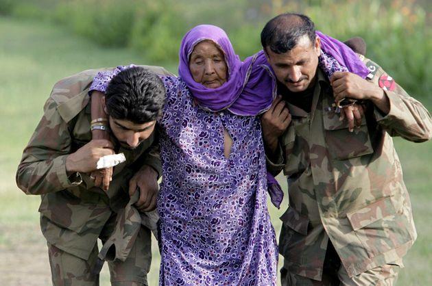 30 Ιουλίου 2010 - Πακιστανοί...