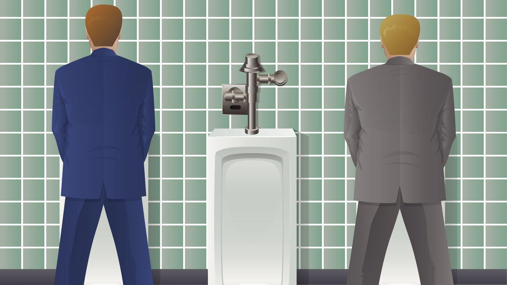 Comment réagir quand le boss veut vous parler aux toilettes?