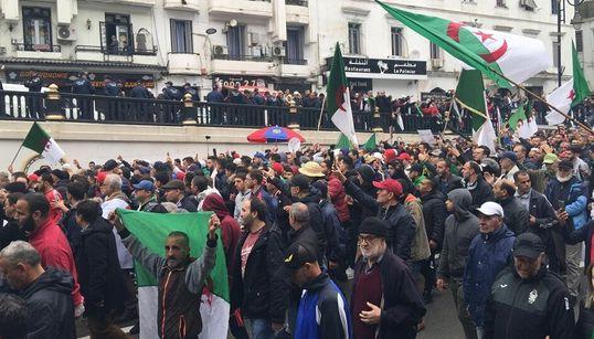 38e vendredi de contestation populaire à Alger: Le Hirak entame son deuxième hiver avec une détermination