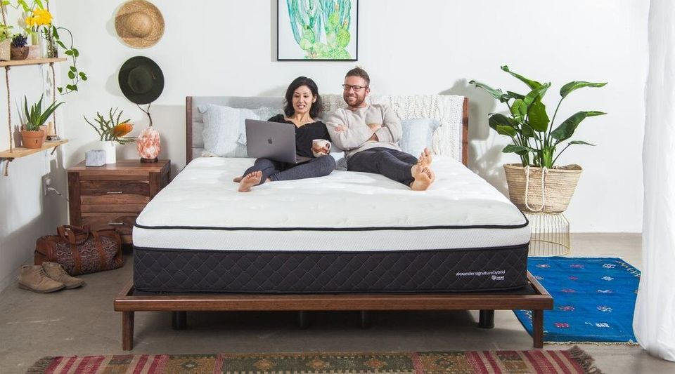 Westlake Legal Group 5dc5aa6f210000ac5434c609 The Best Cyber Monday 2019 Mattress Deals From Parachute To Puffy
