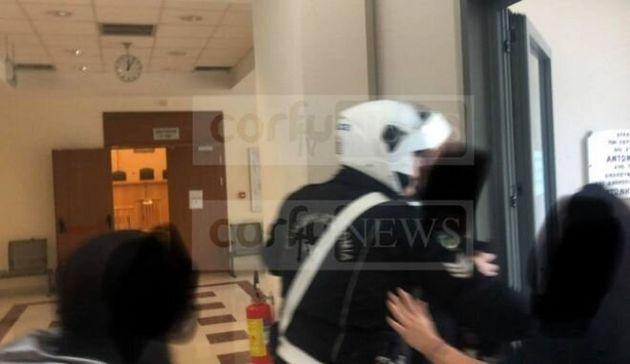 Κέρκυρα: Ιερέας κατηγορείται ότι ασέλγησε σε ανήλικη - Φυγαδεύτηκε από