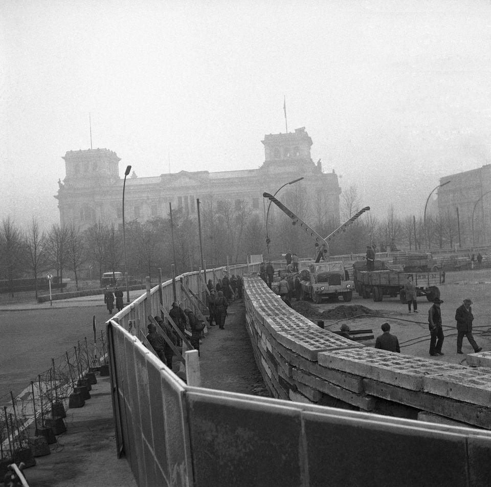1961. Το Τείχος