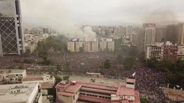 Chili: après trois semaines de protestation, la colère sociale ne faiblit