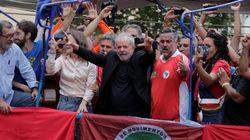 Lula diz que Bolsonaro governa para 'milicianos' e que está de volta para