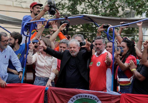 Lula faz discurso em São Bernardo do campo