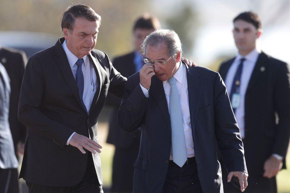 Governo Bolsonaro, agenda econômica e falta de diálogo são alvo de críticas...