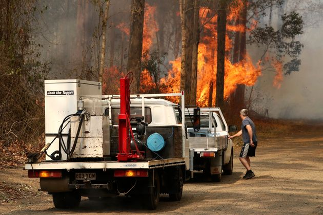 Επιδεινώθηκε η κατάσταση στην Αυστραλία - Πάνω από 100 σπίτια έχουν καταστραφεί από τις