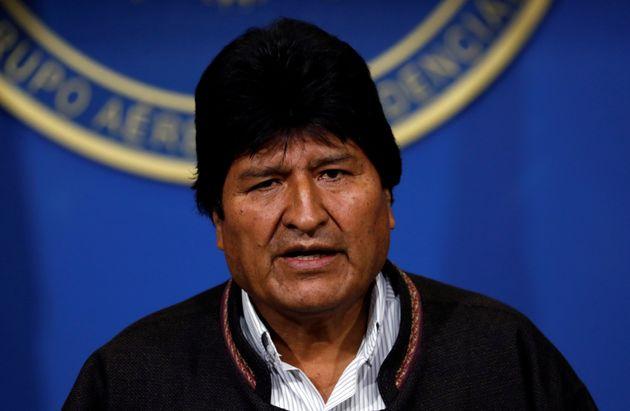 Evo Morales annonce convoquer de nouvelles élections pour calmer la révolte (photo prise...