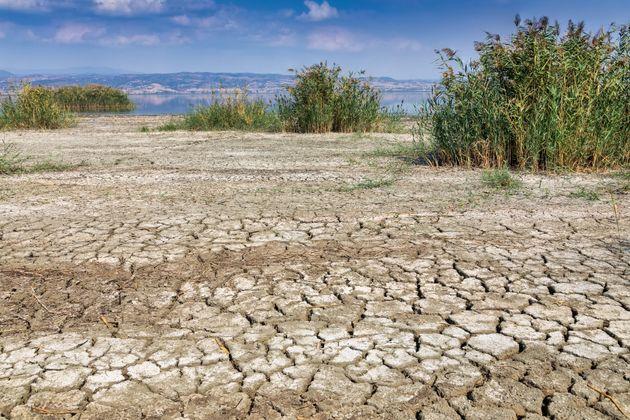 Καύσωνες, πλημμύρες και άνοδος της θαλάσσιας στάθμης τα επόμενα χρόνια στη Δυτική