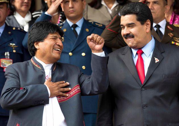 Evo Morales ici à Caracas au Venezuela en mars 2015 avec Nicolas Maduro, a reçu le soutien...