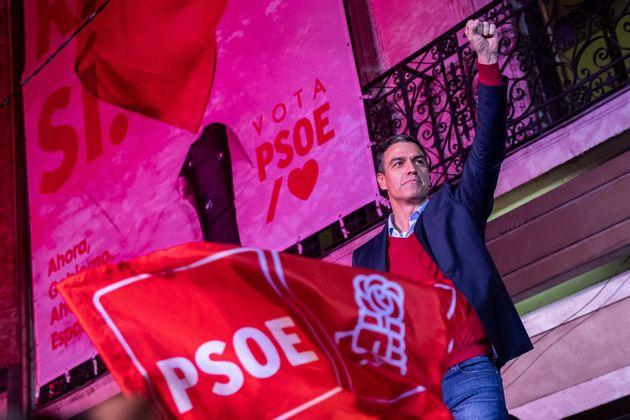 Pedro Sanchez, après l'annonce des résultats des élections législatives espagnoles...