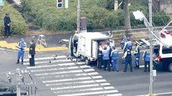 保育園児らの列に軽自動車が突っ込み6人搬送。東京・八王子市