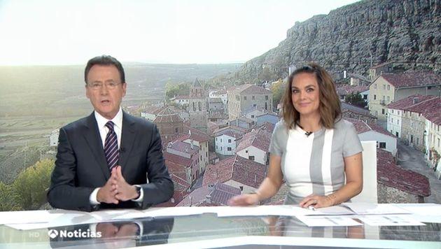 Matías Prats y Mónica Carrillo, en el informativo del 10 de noviembre de