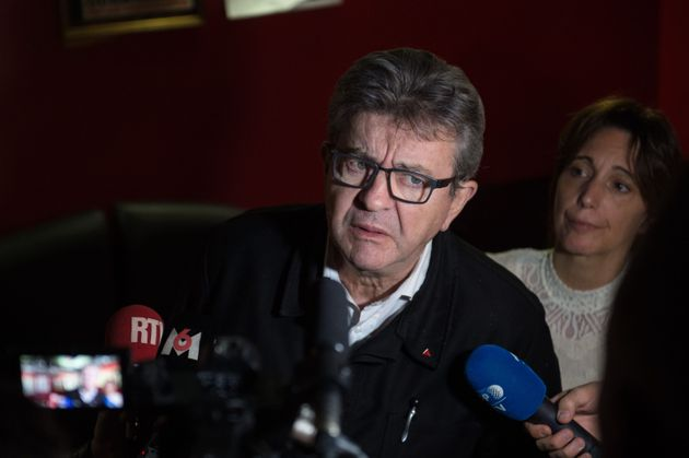 Jean-Luc Mélenchon devant la presse samedi 9 novembre à Marseille, en marge d'une marche...