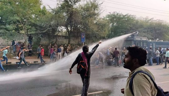 Delhi Police Uses Water Canon To Disperse Protesting JNU Students Outside Convocation