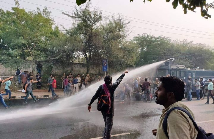 Water canon deployed at JNU protest