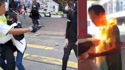 Hong Kong, spari della polizia sui manifestanti. Ferito grave un
