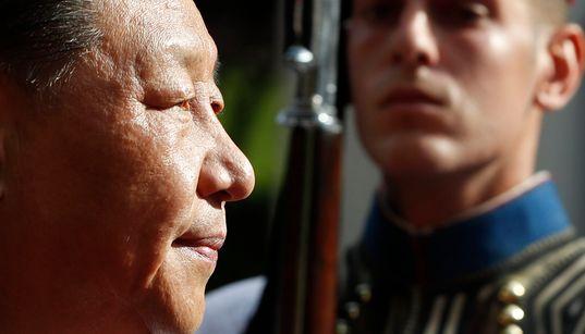 Τιμονιέρης νέας εποχής: Η επίσκεψη του Προέδρου της Κίνας σε