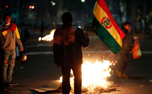 Após quase 14 anos de governo, Evo Morales renunciou à presidência no último