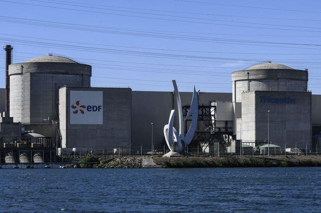 Centrale nucléaire du Tricastin photographiée en