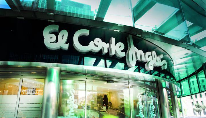 Puerta de El Corte Inglés de Castellana, en Madrid.