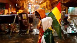 Renúncia de Morales deixa vácuo político e provoca noite de violência na