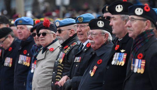 Les Canadiens rendent hommage à ceux qui ont défendu le