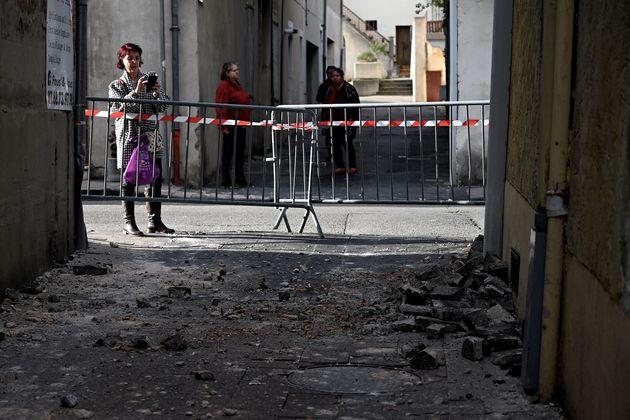 Plusieurs bâtiments ont été endommagés par le séisme, comme celui sur...