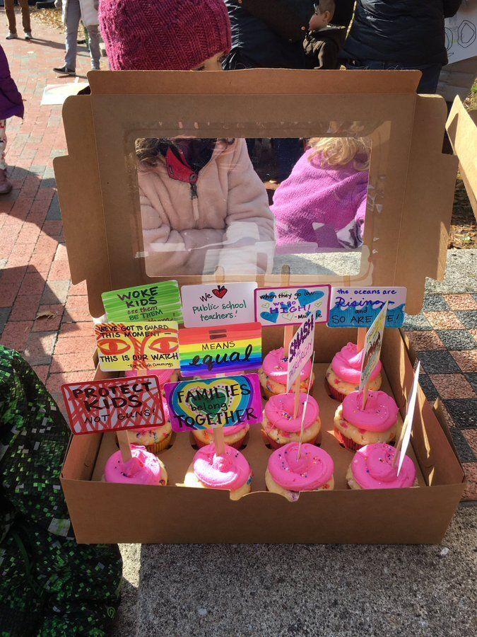 Cupcakes at Kiyoko Merolli's birthday protest.