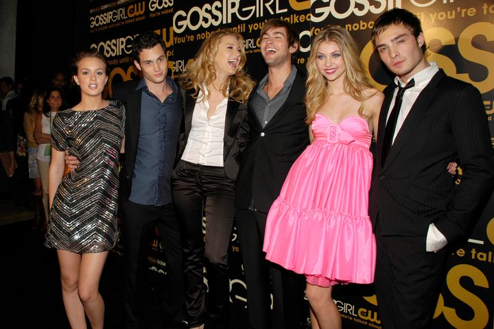 "Leighton Meester, Penn Badgley, Blake Lively, Chace Crawford, Taylor Momsen and Ed Westwick attend the ""Gossip Girl"" premiere in 2007."