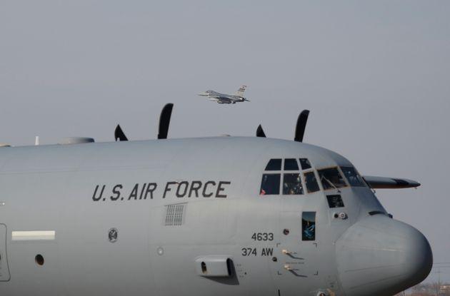 미국 합참의장이 지소미아 연장·방위비 분담금 인상 압박을